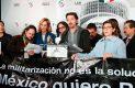 Diego Luna en pie de lucha: ingresa al Senado y pide cordura para Ley de Seguridad