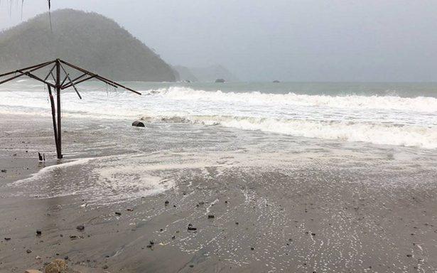 """Suspenden clases en Los Cabos y La Paz por llegada de """"Bud"""""""
