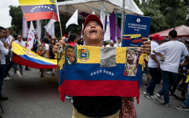 Venezuela confirma default parcial; culpan a Trump por sanciones financieras