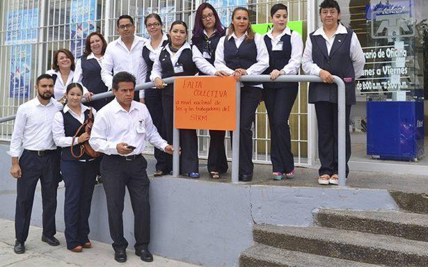 Trabajadores de Telmex en 12 Estados protestan por resolución de Ifetel