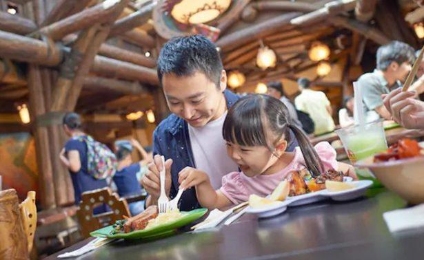 Extasiados en China por ¿piernas de pavo de Disneylandia?