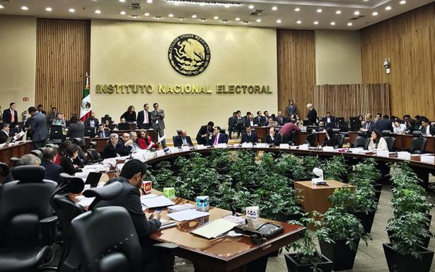 Por tramposos, INE avala negar registro a 23 independientes
