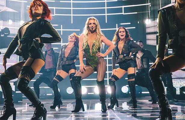 Britney Spears canta en vivo después de 8 años de no hacerlo