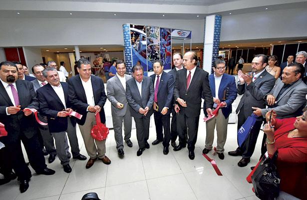 """Inauguran """"Clúster Automotriz de La Laguna"""""""