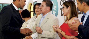Apoyaré a la UJED como a todas las instituciones: Aispuro
