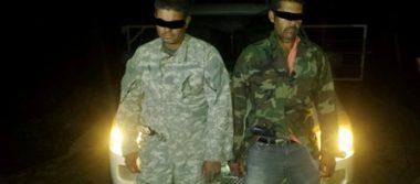Capturan a tres presuntos delincuentes en Santiago