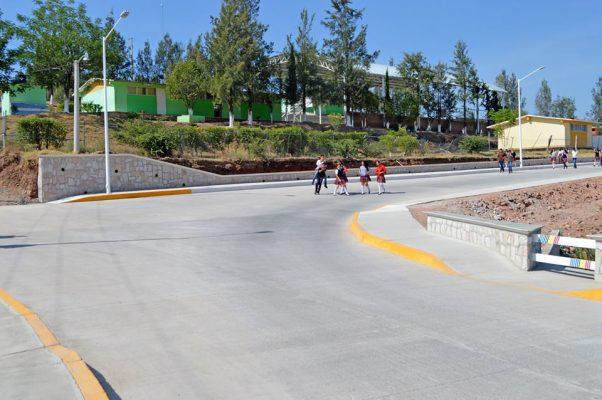 Inauguran pavimentación de la calle 20 de Noviembre, en S.P.