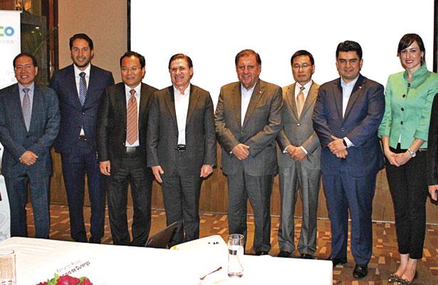 Se reúne Aispuro con empresas  chinas de la industria energética