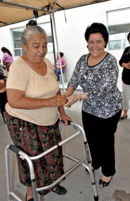Entregan aparatos Ortopédicos en zonas rural y urbana de GP