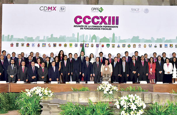 """Propone Enríquez a SHCP """"agenda común"""" a favor de municipios"""