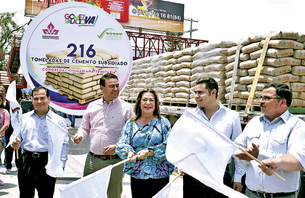 Adquiere Gómez 215 toneladas de cemento