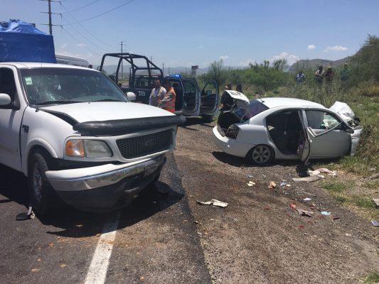 Accidente carretero deja ocho heridos en Durango