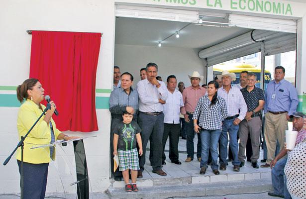 Inaugura MLGA la Central Suburbana en Lerdo