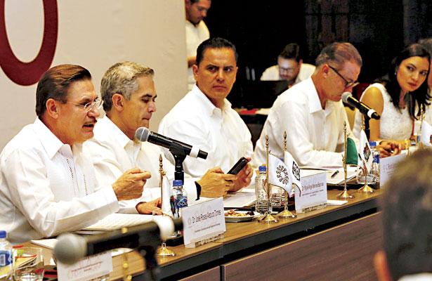 Que se integre a los gobernadores a la comisión negociadora de TLC