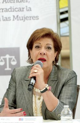 """""""No es alarmante la situación de violencia contra mujeres"""": Estrada"""