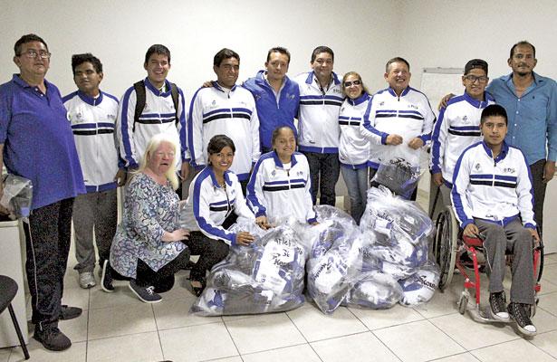 Los deportistas paralímpicos se mostraron contentos y agradecidos con el trato que ha tenido Álvarez Manilla hacia ellos.