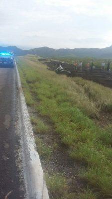 Muere motociclista embestido por un camión