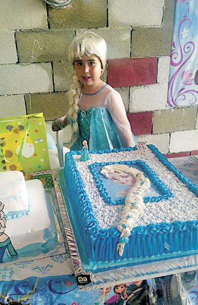 SAN JUAN DEL RÍO, Dgo. (OEM).- Luciendo el disfraz del personaje de su fiesta de cumpleaños Liz Galaviz Carrillo.