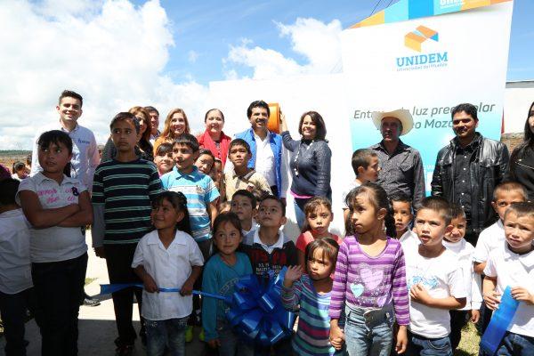 Después de 6 años, preescolar en Llano Grande tiene energía eléctrica: Enríquez