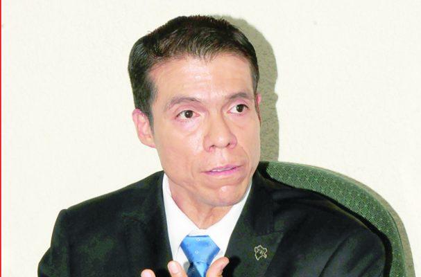 Renuncia Montoya Zamora a la presidencia del TEE