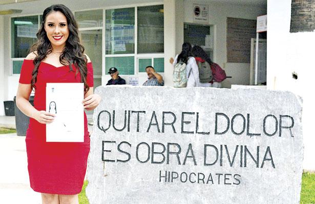 Adriana Alejandra Acevedo,es nueva Médico Cirujano