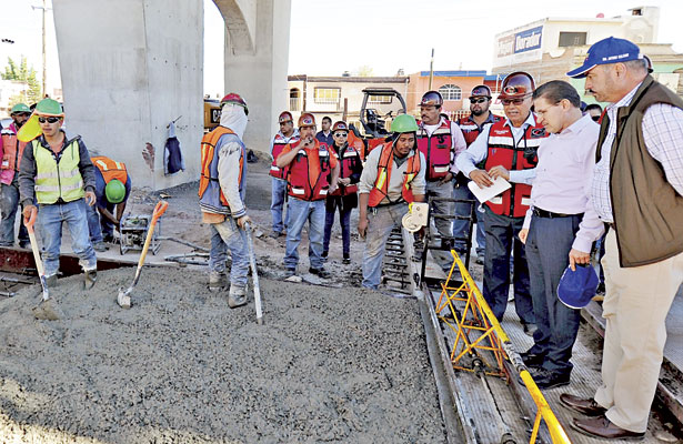 Llevamos obra pública a los39 municipios: Aispuro