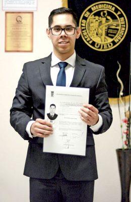 Aldo Adrián Luquín Lozano es nuevo Médico Cirujano