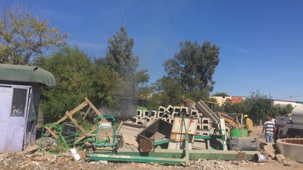 Retroexcavadora ocasiona fuerte incendio G.P.