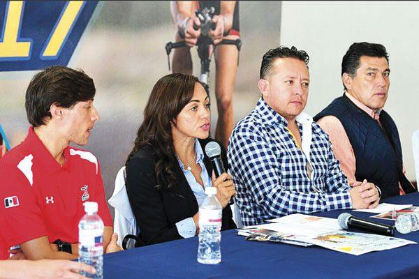 Presentan Triatlón Durango 2017