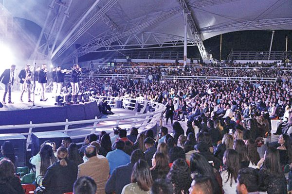 Espectacular concierto dela Banda MS: DIF Estatal