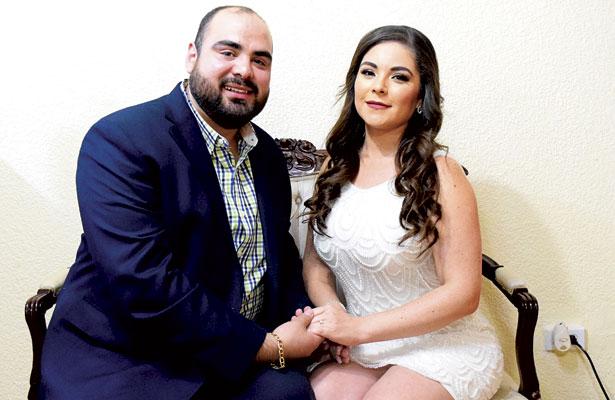 Guadalupe delCarmen y Manolo