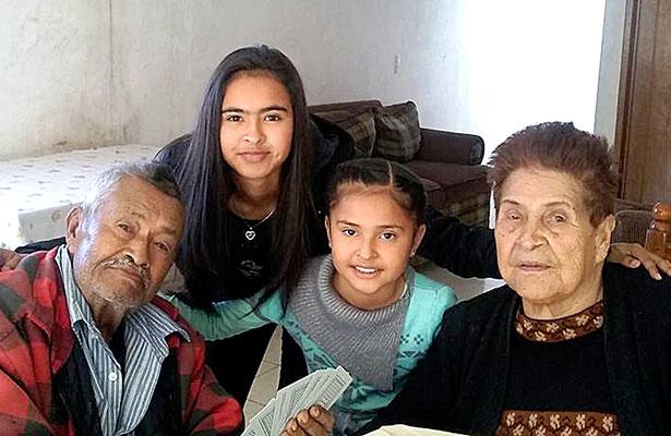 SANTIAGO PAPASQUIARO, Dgo. (OEM).- Maricruz Herrera Flores vio pasar un año más de vida el pasado 26 de noviembre, rodeada del cariño de toda su familia.