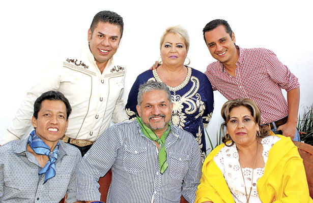 Fiesta mexicana para Rafael Varela