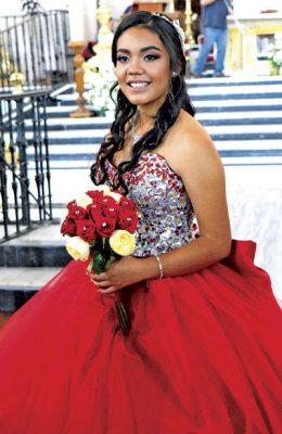 Feliz festejo de XV años para Yajaira Morales