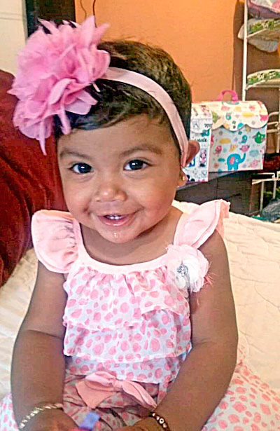 SANTIAGO PAPASQUIARO, Dgo. (OEM).- La encantadora Ashley Madrid Mejía, celebró su primer año de vida al lado de sus felices y orgullosos padres.