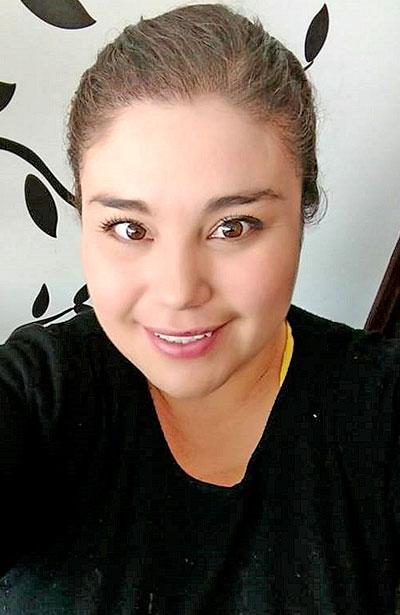 SANTIAGO PAPASQUIARO, Dgo. (OEM).- Lupita Hernández Luna es una mujer con porte y belleza y celebrará su cumpleaños este sábado.