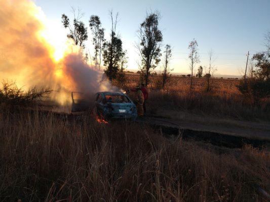 Se incendia vehículo tras choque en la Durango – G.P.