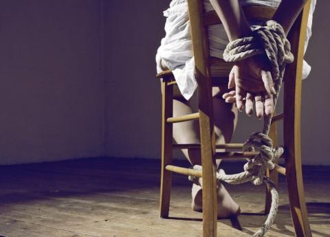 Dan 66 años de prisión a banda de plagiarios
