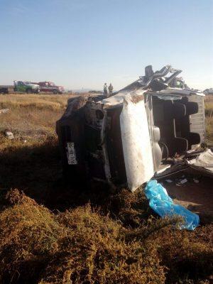 Dos heridos tras volcadura en la Gómez Palacio – Jiménez