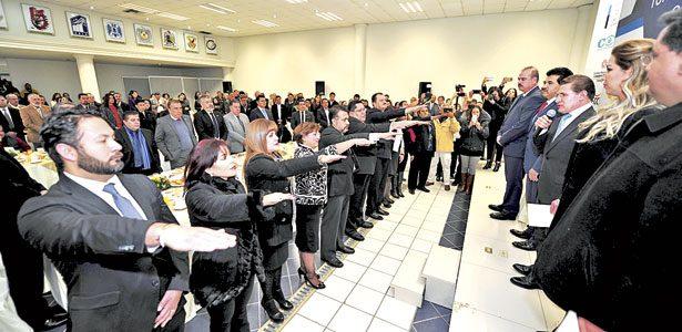 Nueva dirigencia de FECOP rindió protesta