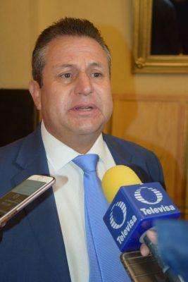 Fabián Gutiérrez le responde Rómulo Campuzano