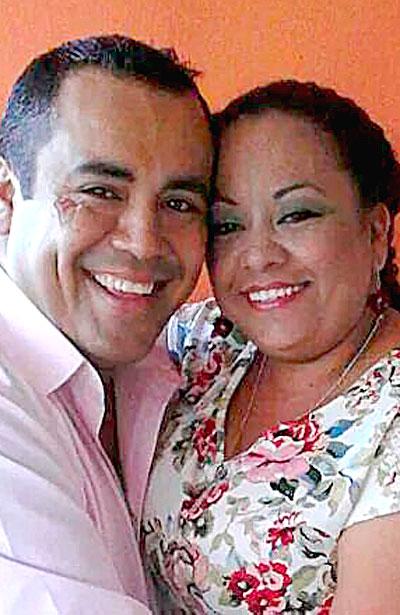 CUENCAMÉ, Dgo. (OEM).- Óscar Adrián Favela González y Brenda Carrera Carrillo.
