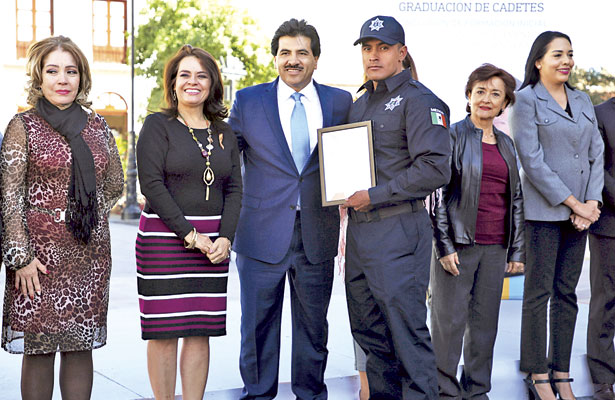 Convoca Municipio a aspirantes a policías