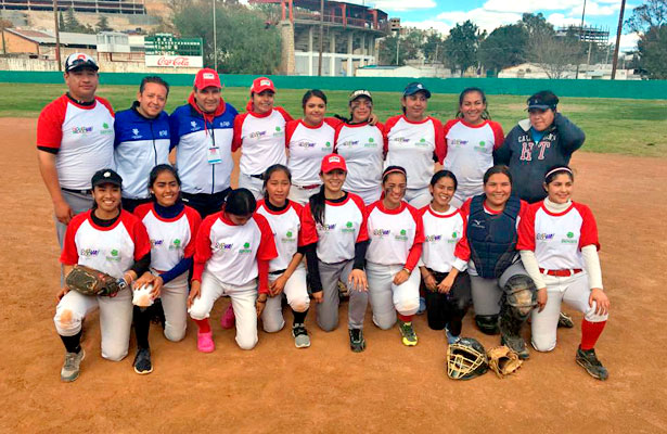 La Laguna domina el softbol femenil