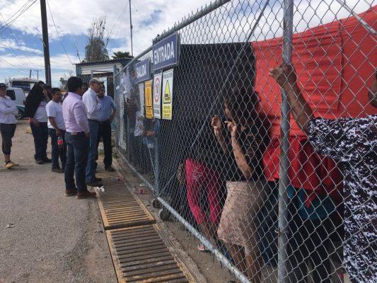 Representantes de 7 Leguas dialogan con operadores inconformes