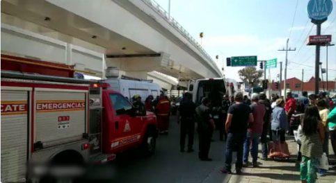 Mujer se arroja de los Puentes Gemelos