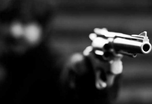 Asesinan a pareja de comerciantes