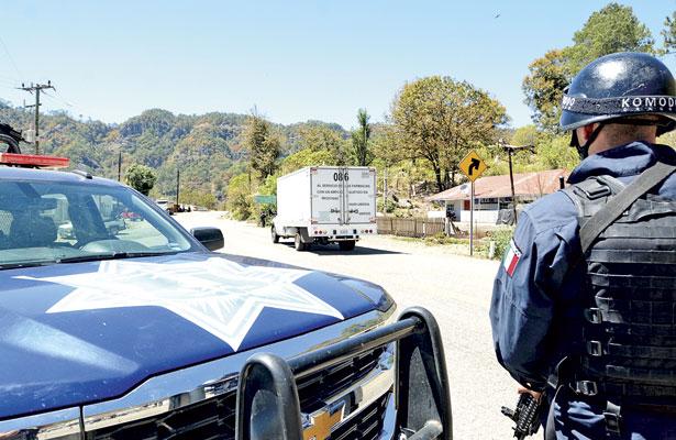 Corporaciones trabajan operativo de seguridad en carreteras a Mazatlán