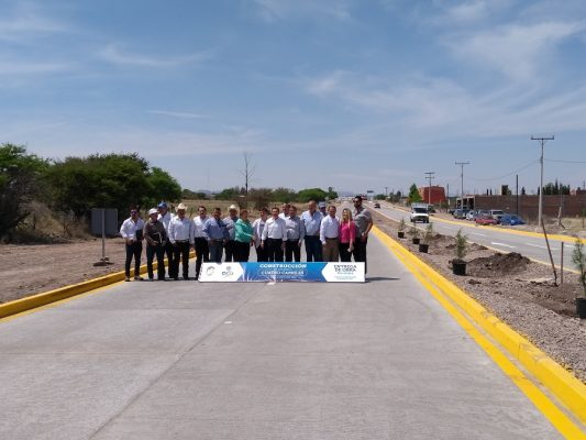 Entregan carretera a cuatro carriles en San Juan del Río