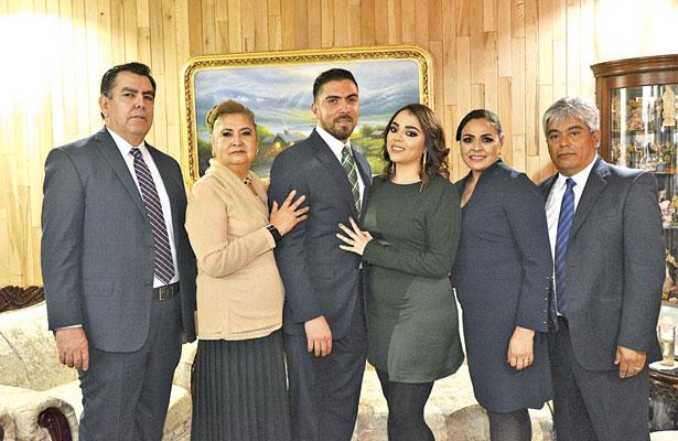 Familiares que acompañaron a Luis Francisco Sida Rodríguez y Rocío Campos Cardosa, el día de su petición de mano.